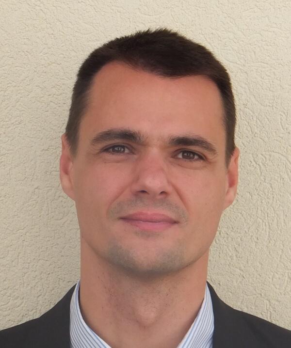 Dr. Szabolcs Herczeg